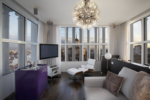 decorate large living room on Decorating A Large Living Room   Howishow Answers Search Engine